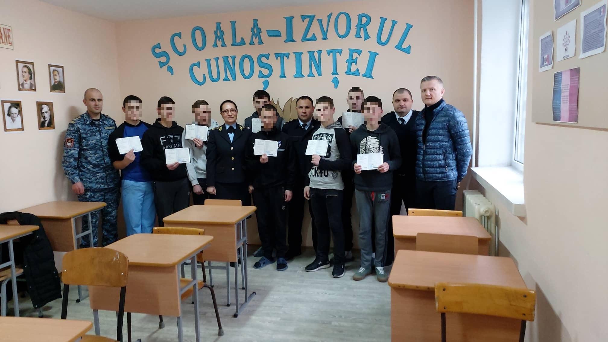 Minorii deținuți în Penitenciarul din Goian au îmbrățișat noi meserii